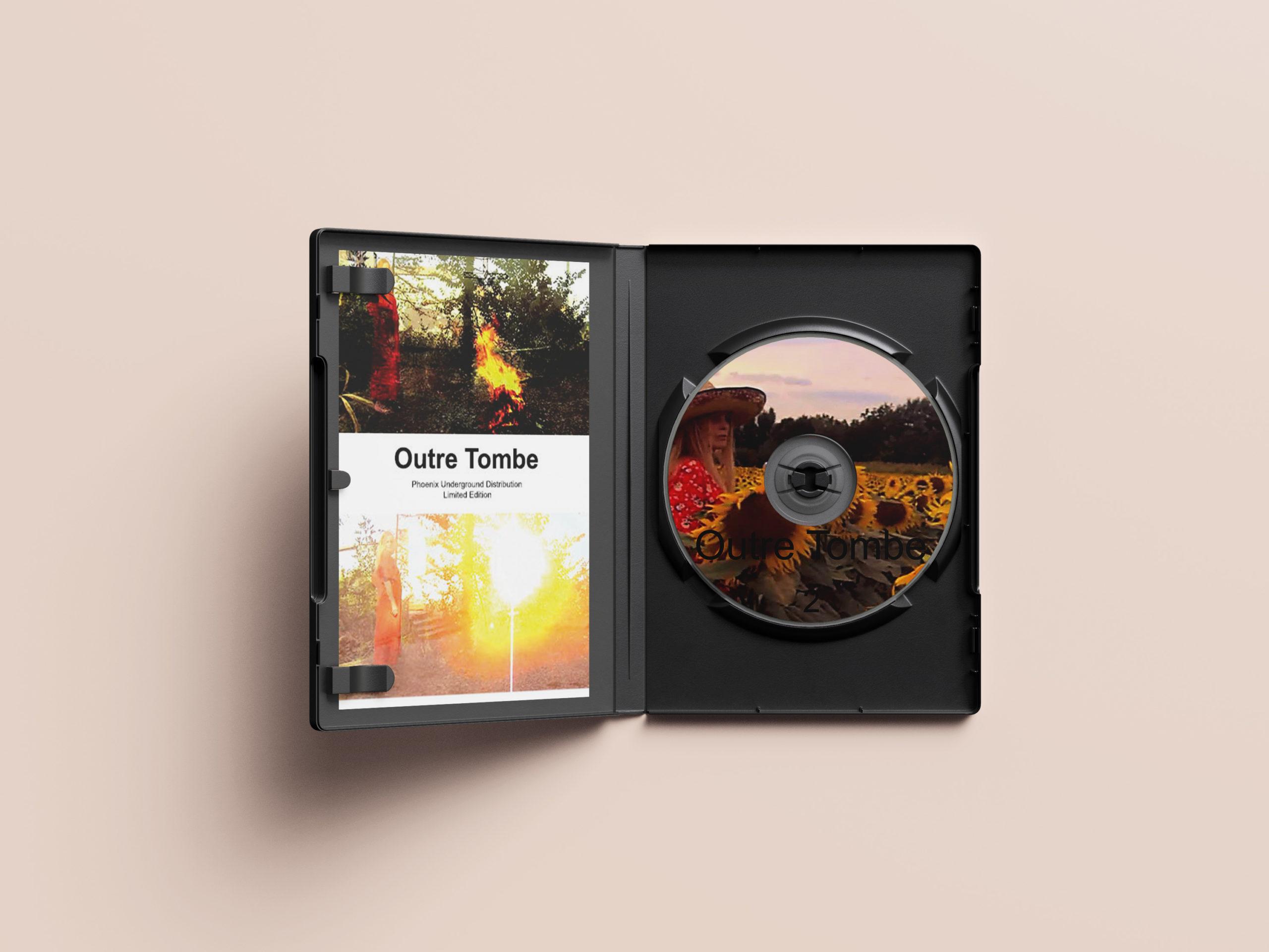 mockup outre tombe livret et dvd